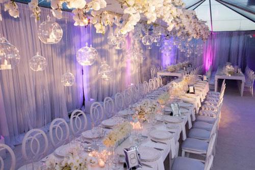 elegant white wedding reception